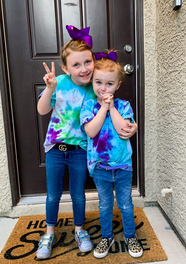 Kid friendly and quick tie-dye how to